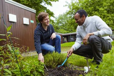Gartenarbeit im TMK